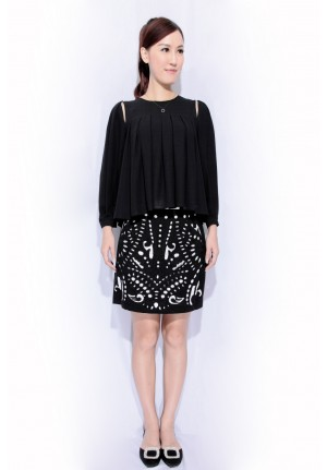 embroidered pearl studded skirt