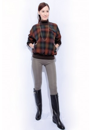 stand up collar wool checker top
